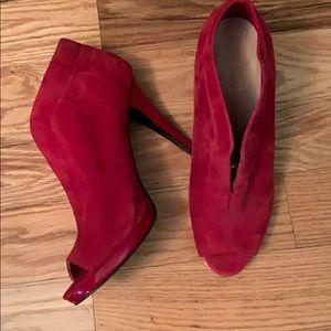 Nine wes heels